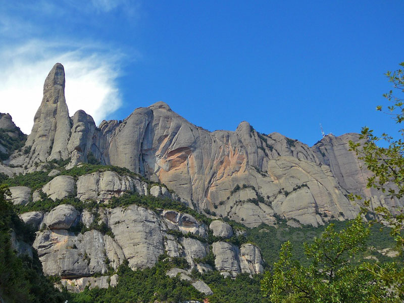 Grup de muntanya.Propera sortida Montserrat.
